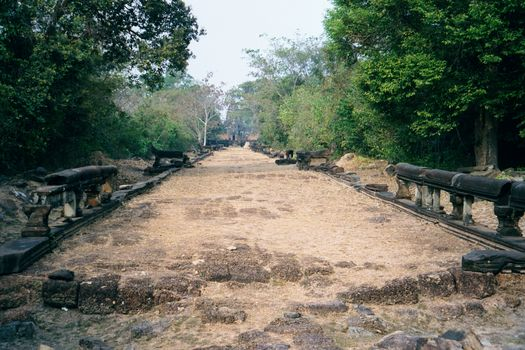 Cambodia (Angkor): East Mebon and Banteay Samre picture 5
