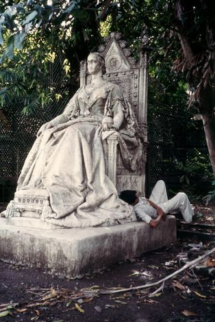 Peninsular India: Mumbai / Bombay: Victorian Vanities picture 1