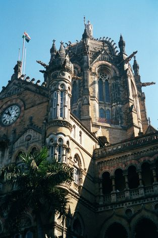 Peninsular India: Mumbai / Bombay: The VT and Taj Mahal Hotel picture 5