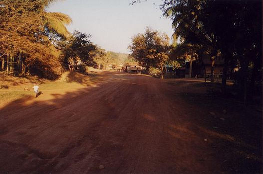 Laos: Houayxay Vicinity 1 picture 1