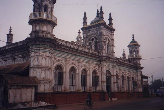 Burma / Myanmar: Moulmein  2:  Mosques, Churches, Schools picture 1