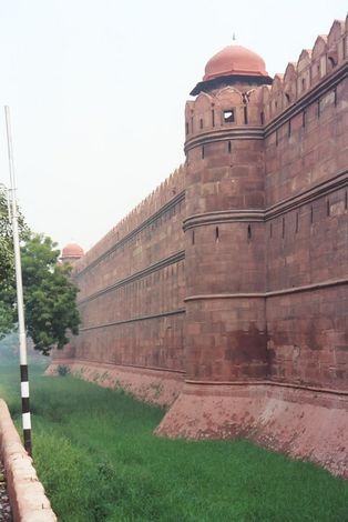 Northern India: Delhi's Red Fort picture 1