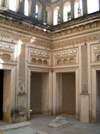 Peninsular India: Hyderabad: Paigah Tombs picture 17