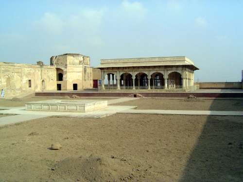 Pakistan: Lahore Fort picture 15