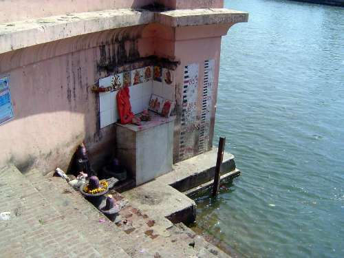 India Themes: Irrigation 4: the Ganges Canal and Haridwar picture 25