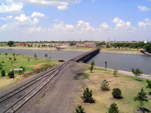 Oklahoma: Oklahoma City: Water, Rail, Road picture 41