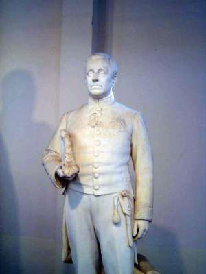 Northern India: The Lucknow Museum's Display of Imperial Statuary picture 9