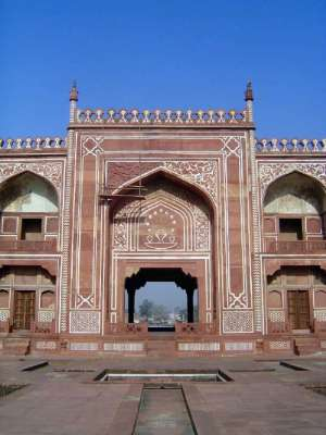 Northern India: Tomb of Itimad-ud-Daulah picture 12