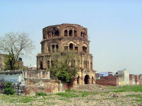 Northern India: Lucknow of the Nawabs picture 46