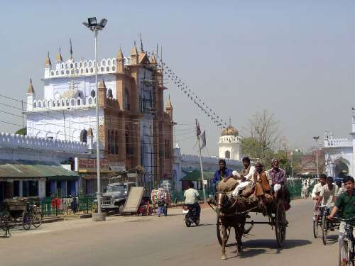 Northern India: Lucknow of the Nawabs picture 19