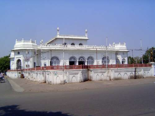 Northern India: Lucknow of the Nawabs picture 41