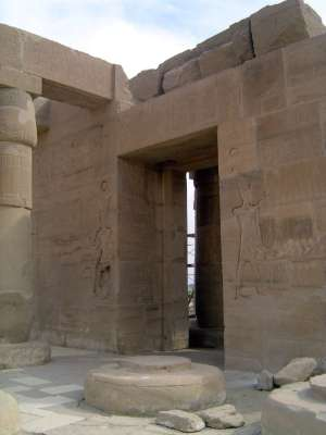 Egypt: Ramesseum picture 9