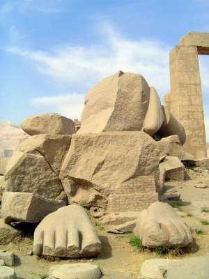Egypt: Ramesseum picture 6