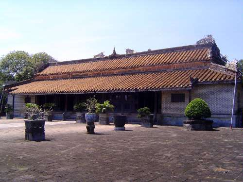 Vietnam: Hue: Royal Tombs picture 7