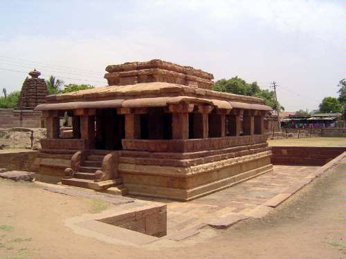 Peninsular India: Chalukya 2: Aihole picture 13