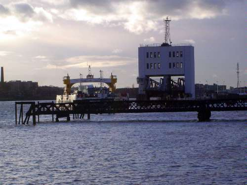 The United Kingdom: London 2: Royal Docks picture 49