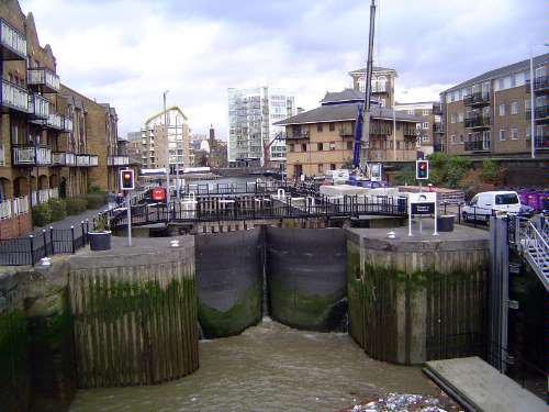 The United Kingdom: London 1: Older Docks picture 45