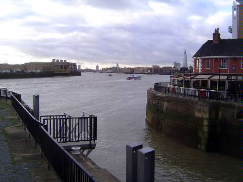 The United Kingdom: London 1: Older Docks picture 44