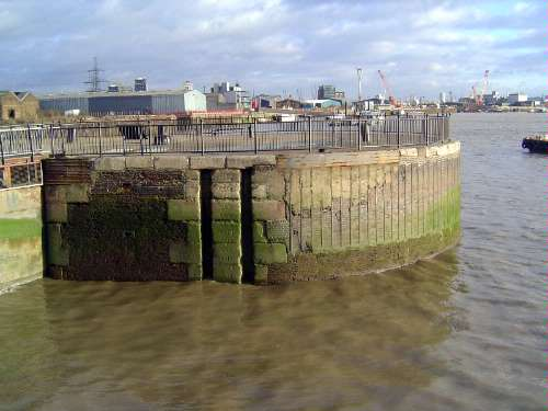 The United Kingdom: London 1: Older Docks picture 49