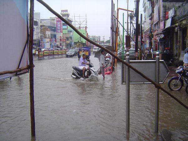 Peninsular India: Monsoon in Kanchipuram picture 3