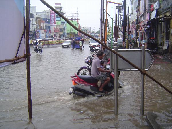 Peninsular India: Monsoon in Kanchipuram picture 4