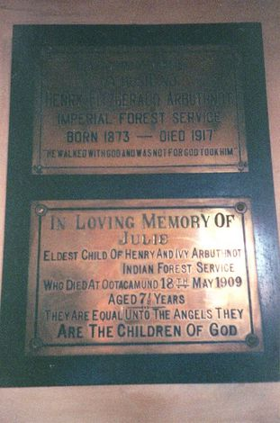 India Themes: Epitaphs and Graveyards picture 15