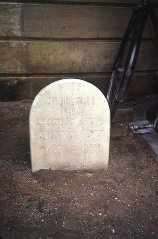 India Themes: Epitaphs and Graveyards picture 13