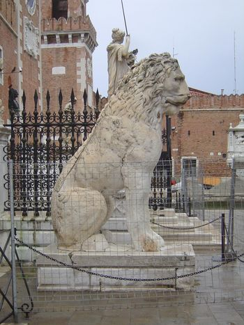 Italy: Venice: History on the Fly picture 6