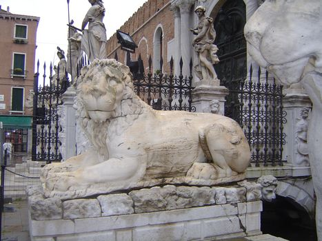 Italy: Venice: History on the Fly picture 7