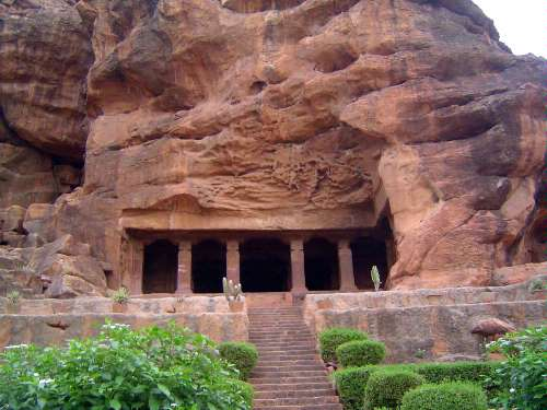 Peninsular India: Chalukya 1: Badami picture 15