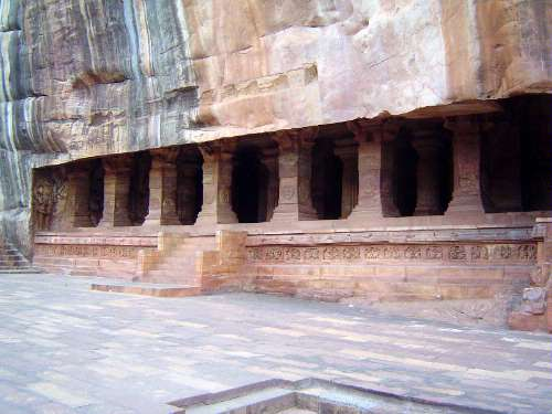 Peninsular India: Chalukya 1: Badami picture 27