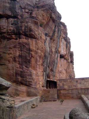Peninsular India: Chalukya 1: Badami picture 36