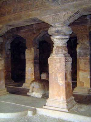 Peninsular India: Chalukya 1: Badami picture 20