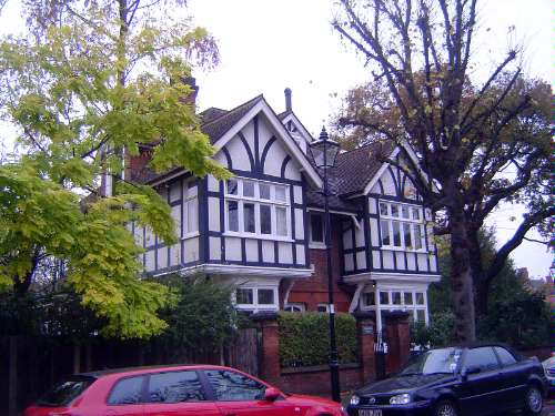 The United Kingdom: London 10: Suburbs picture 23